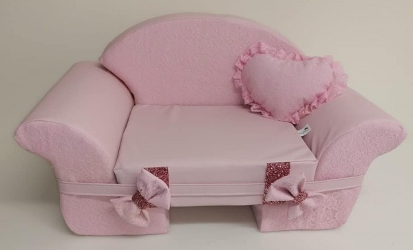 Eh Gia Sofa in Pink